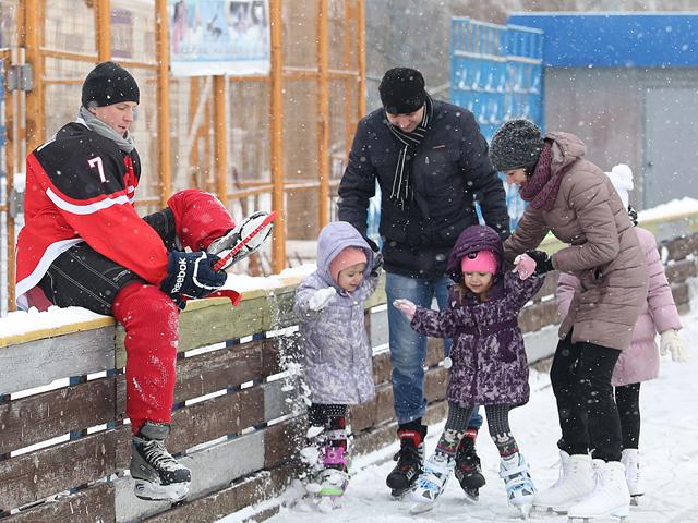 Мобильный каток в Чижовке